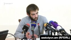 Armenia - Student leader Davit Petrosian gives a press conference in Yerevan, 23Nov2017