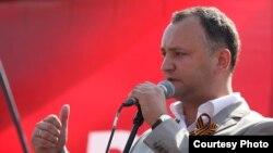 Игорь Додон, лидер Партии социалистов Молдовы, Кишинев, 1 мая 2010 года.