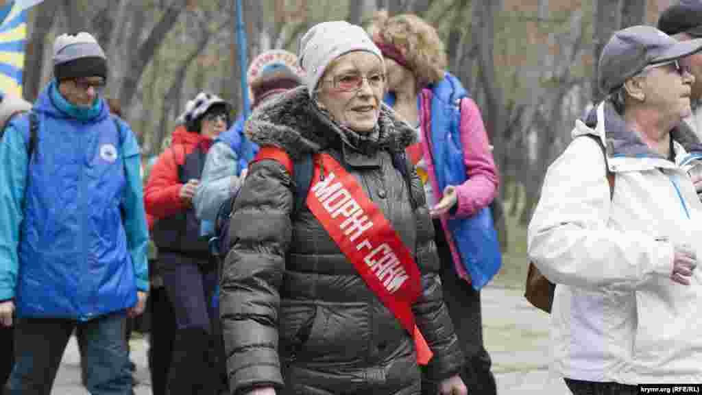 Участница фестиваля зимнего плавания из Сак