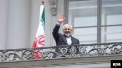 Могаммад Джавад Заріф під час переговорів у Відні, фото 2 липня 2015 року