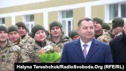 Міністр оборони України Степан Полторак під час візиту до Львівської області