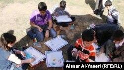 اطفال النجف يرسمون