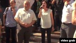 Maia Sandu la protestele din fața Parlamentului