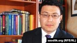 Ныне проживающий во Франции узбекский политолог Камолиддин Раббимов.