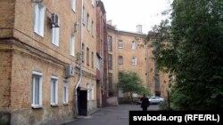 Дом №25 на Ірынінскай вуліцы — выгляд з двара