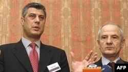 Kryeministri Hashim Thaçi dhe presidenti Fatmir Sejdiu