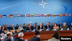 Зустріч міністрів у штаб-квартирі НАТО в Брюсселі