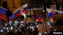 Jan Kuciak-ın qətlinə Bratislavada etiraz aksiyası