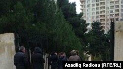 Azerbaijan -- carousel at the election, Baku, 1Nov2015
