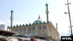 خيابان مرکزی شهر حلبچه؛ مردم از ميزان بازسازی شهر راضی نيستند