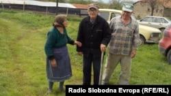 Жители на пелагониското село Гнеотино.