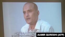 متقاعد هندی افسر کولبوشان یادف چې پاکستان دا مهال د اعدام سزا ورته اورولې ده.