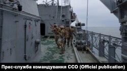 Тренування морських спецпризначенців