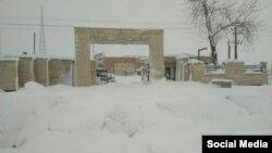 نتیجه تصویری برای برف ستاد بحران استانداری گیلان