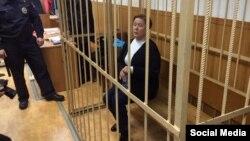 Директор Библиотеки украинской литературы в Москве Наталья Шарина в зале суда, 30 октября 2015 года