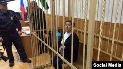 Директор Библиотеки украинской литературы в Москве Наталья Шарина в Таганском суде. Москва, 30 октября 2015 года.