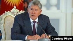 Қырғызстан президенті Алмазбек Атамбаев. Бішкек, 10 маусым 2015 жыл.