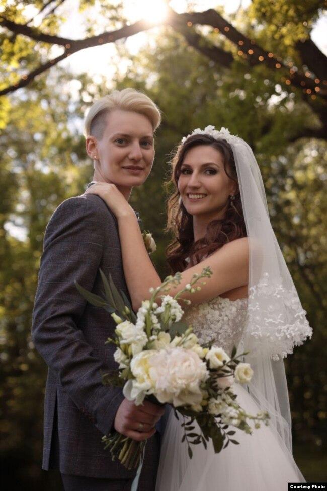 Ирина (слева) и Олеся