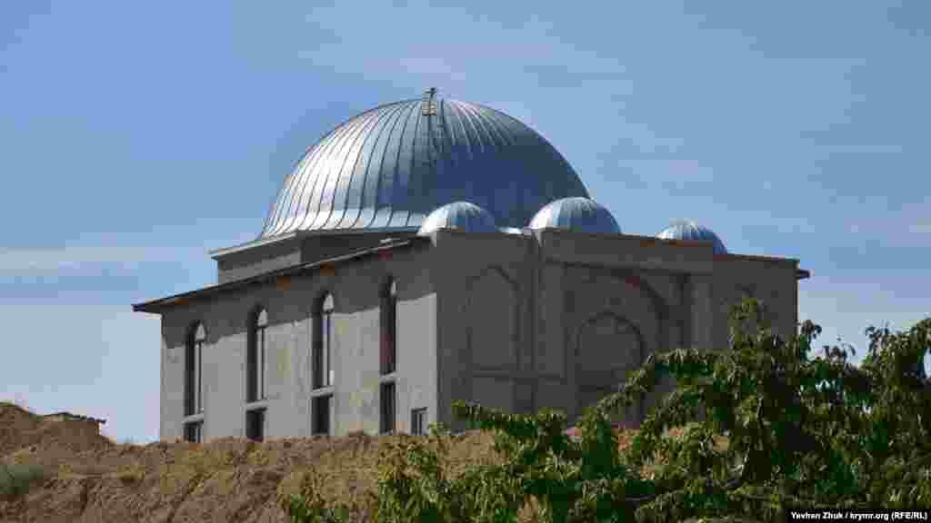 Большая мечеть, на строительство которой Татарстан присылал благотворительные грузы в виде строительных материалов