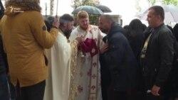 Віруючих причащали однією ложечкою у Чорногорії, де послабили карантинні заходи – відео