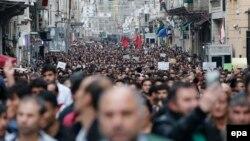 تظاهرات در استانبول پس از انفجارهای دوگانه در آنکارا. دهم اکتبر