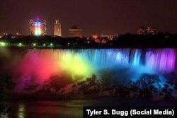 Ниагарский водопад вечером 26 июня