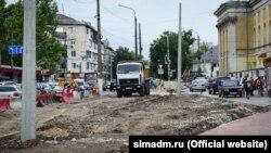 Ремонт на улице Козлова в Симферополе, июль 2017 года