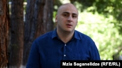 Нікі Мелія, депутат від опозиції і лідер партії «Єдиний національний рух» екс-президента Міхеїла Саакашвілі, називає обвинувачення на свою адресу абсурдними