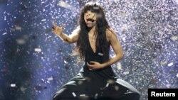 """Шведская певица Лорин - победительница """"Евровидения-2012"""". Баку, 27 мая 2012 года."""
