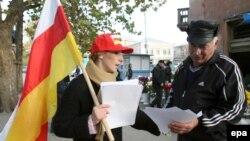 Профилактические беседы десант из медиков и правоохранителей проводит в республике регулярно