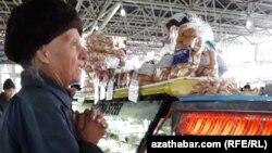 Текинский базар в Ашхабаде, январь, 2019