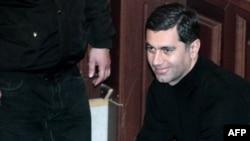 Поранешниот грузиски министер за одбрана Иракли Окруашвили пред суд во Тбилиси.