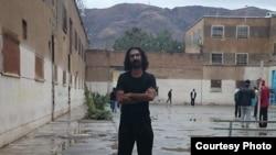 سعید شیرزاد، فعال مدنی، از روز ۱۷ آذر در اعتصاب غذا بهسرمیبرد