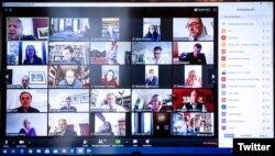Фото заседания кабинета министров Великобритании через систему видео-конференции Zoom.