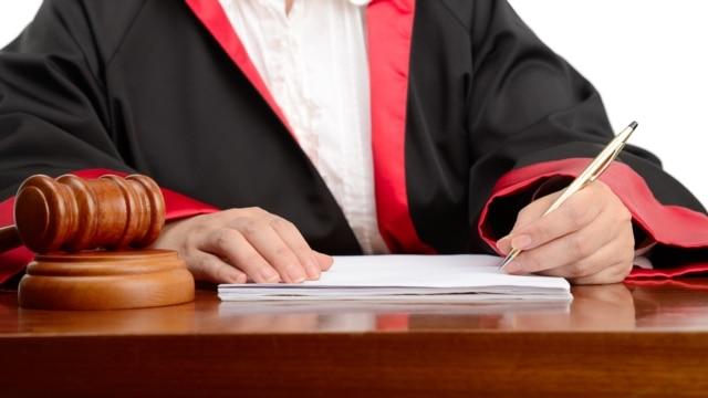 Vakuumi institucional sfidon themelimin e Gjykatës Speciale