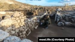 Российские археологи исследуют древнее поселение на месте прокладки дороги к Керченскому мосту, иллюстрационное фото