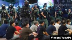 De la recuperarea Hong Kong-ului în 1997, China a continuat să elimine orice formă de critică la adresa partidului. Suprimarea protestelor din 2019 și noua lege a securității naționale adoptată în 2020 sunt doar câteva dintre măsurile luate de guvernul Chinez.