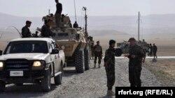 Конвој на авганистанската Армија во областа Кала е-Зал.
