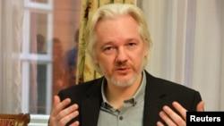 WikiLeaksтин негиздөөчүсү Жулиан Ассанж.