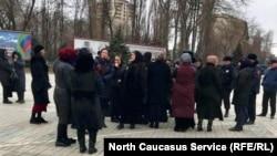В Махачкале матери похищенных требуют встречи с главой следкома РФ Бастрыкиным