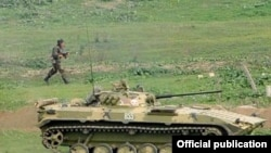 Armenia -- Karabakh Armenian troops hold military exercises on October 22, 2009.