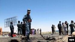 Сотрудники сил безопасности в городе Лашкаргах в афганской провинции Гильменд.