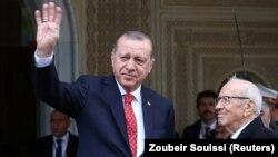 Թուրքիայի նախագահ Ռեջեփ Էրդողանը Թունիսում, 27-ը դեկտեմբերի, 2017թ․