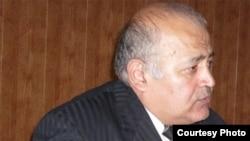 Тенгиз Догузов награжден медалью республики Южная Осетия «За миротворческую деятельность», а в 2011 году ему было присвоено звание заслуженного журналиста республики. Фото: www.qwas.ru
