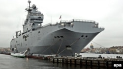 The Mistral can carry helicopters and armed forces