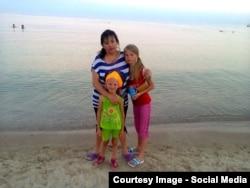 Вікторія Бутенко із дочками