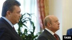 Виктор Янукович и Михаил Фрадков вновь не смогли сказать, по какой цене газ пойдет на Украину