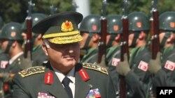 началникот на Генералштабот на вооружените сили на Турција, генерал Неџет Озел