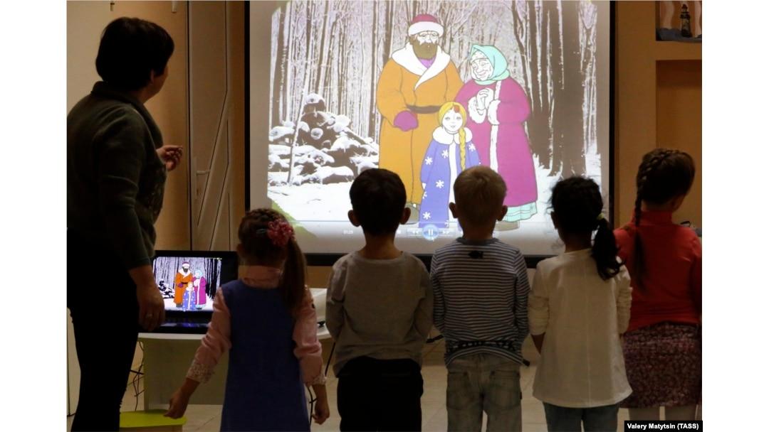 Военные детские клубы москвы алматы стриптиз клубы