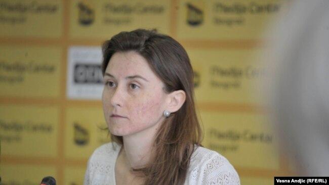 Jelena Milić, ćerka Branke Milić, na konferenciji za medije 9. oktobra 2017.